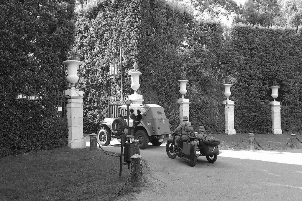 raduno auto d'epoca a Villa Reale di Marlia