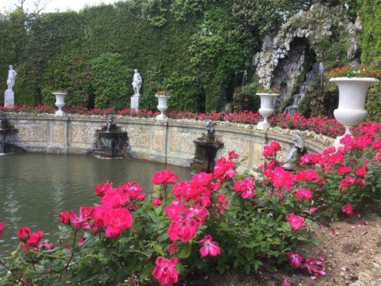 Teatro d'Acqua fiorito - Villa Reale