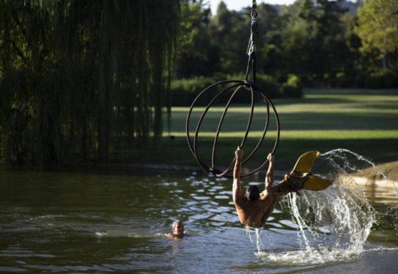 Acrobazie acquatiche, eventi unici organizzati a Villa Reale di Marlia