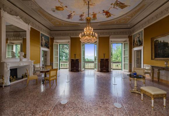 Salone Villa Reale di Marlia ristrutturato
