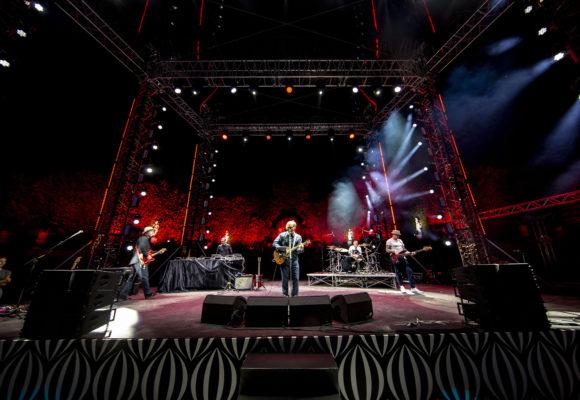 Concerti e palcoscenico, tutto è possibile a Villa Reale di Marlia