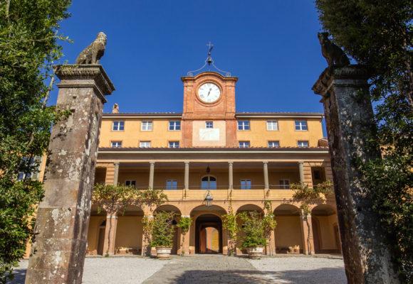 Palazzina dell'Orologio, Villa Reale di Marlia - Foto di Vincenzo Tambasco 1