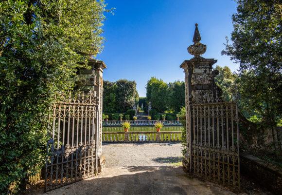 Ingresso laterale al Giardino dei Limoni - Foto di Vincenzo Tambasco