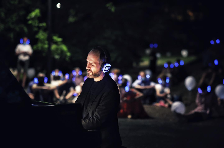 Andrea Vizzini_Silent wi-fi concert
